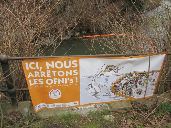 photo-la-dyle-ici-nous-arretons-les-ofnis-img_1768